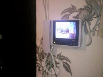 Видео-домофон